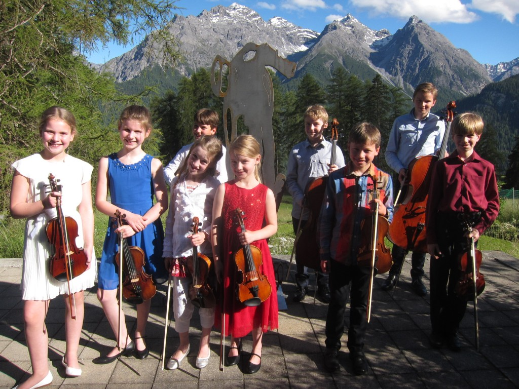 Fancy Fiddlers & Young Captain Award